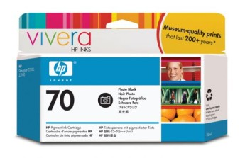 HP 70 130 ml Photo Black Ink Cartridge with Vivera Ink, HP Designjet Z2100, Z3100 Съвместимост : HP Designjet Z2100, Z3100Цвят : Photo BlackC9449A