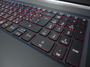 Acer Aspire Nitro VN7-792G (12)